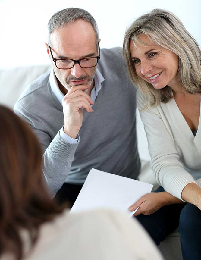 couple getting financial planning advice
